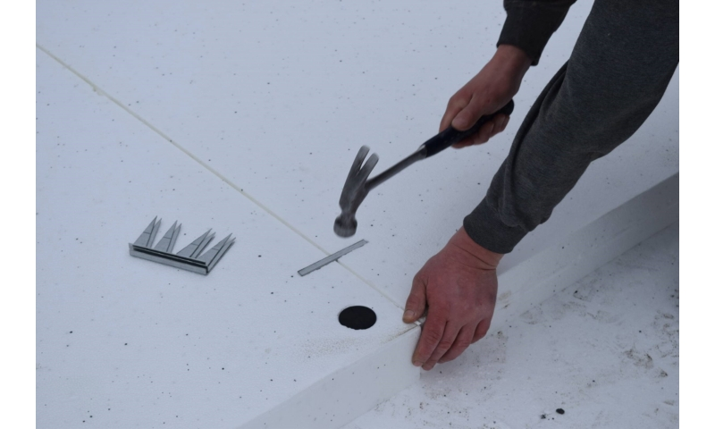 insulated-foundation-system-fixing-steel-combs